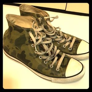 Men's Coverse all star high top camo size 10